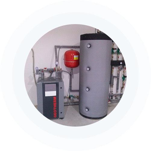 DAIKIN HT ALTHERMA  Toplotne pumpe su najnovije rešenje za grejanje. Za razliku od drugih toplotnih pumpi čija je maksimalna izlazna temperatura vode do 50C°, Daikin Altherma HT ima mogućnost grejanja vode i do 80C° , bez pomoćnih grejača. Zato je Daikin Altherma HT idealna za postojeće sisteme centralnog, radijatorskog grejanja koji zahtevaju temperature veće od 60C°